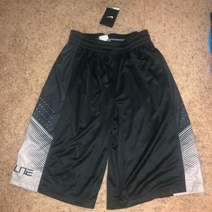 NEW MENS NIKE ELITE SHORTS